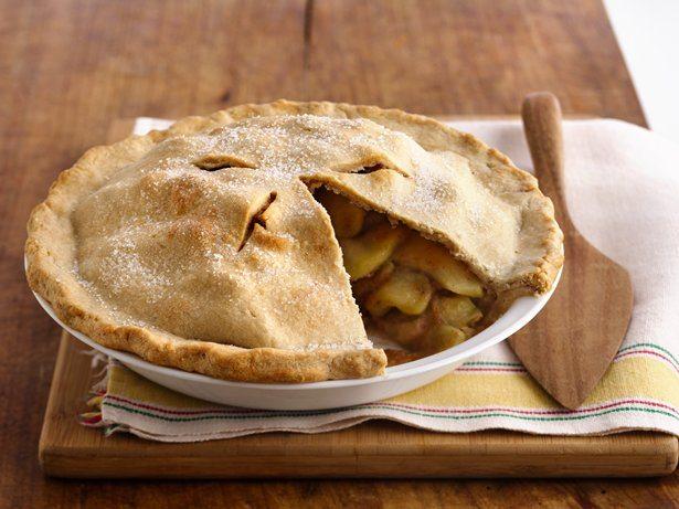 Apple Pie http://www.bettycrocker.com/recipes/scrumptious-apple-pie ...