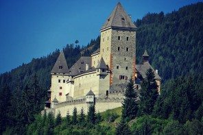 The 5 Most Haunted Castles in Europe